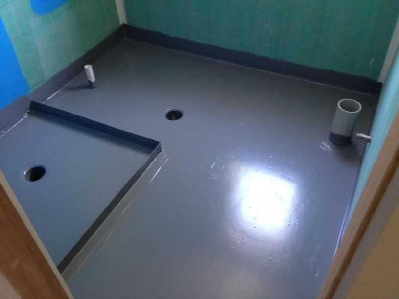 Гидроизоляция ванной комнаты — правила выбора состава, нанесение, особенности ухода и маскировки